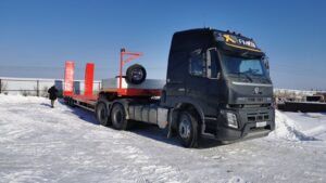Новый тягач Volvo с прицепом